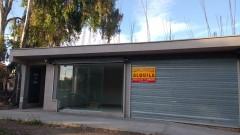 ALQUILO SALONES COMERCIALES CALLE CONSTITUCION (Frente a VEA)